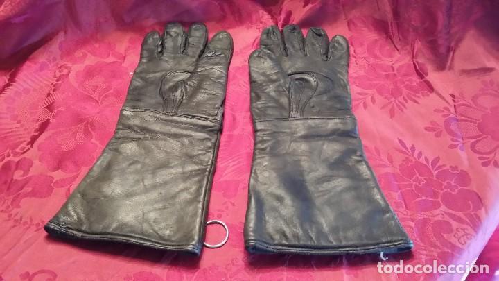 Coches y Motocicletas: Antiguos guantes motocicleta. - Foto 2 - 114826655