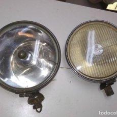 Coches y Motocicletas - Faros de coche, vehículo clásico. - 116371399