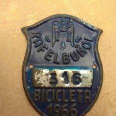Coches y Motocicletas: MATRÍCULA BICICLETA AÑO 1966 RAFELBUÑOL - VALENCIA. Lote 117840323
