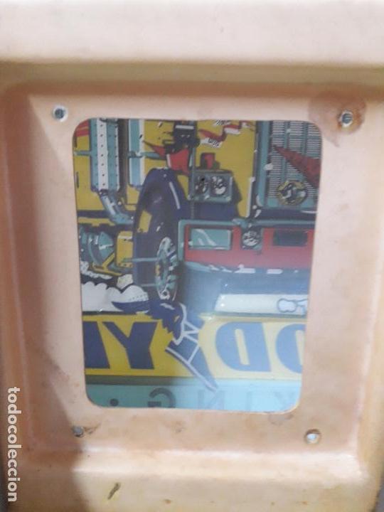 Coches y Motocicletas: CARTEL LUMINOSO CON SOPORTE PARA CAMION . GOOD YEAR - TRUCKING TEAM . AÑOS 60 / 70 - Foto 14 - 120335391