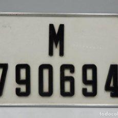 Coches y Motocicletas: ANTIGUA MATRICULA DE COCHE RETRO BONITA PIEZA DE COLECCIÓN . Lote 121484191