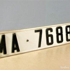 Coches y Motocicletas: MATRICULA ANTIGUA AÑOS 60 - EN ALUMINIO EN RELIEVE SEAT 600 850 124 1500 RENAULT 8 SIMCA 1000 ETC... Lote 121601555