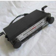 Coches y Motocicletas: ANTIGUA RADIO PARA COCHE BLAUPUNKT WERKE SOLINGEN. Lote 122270995