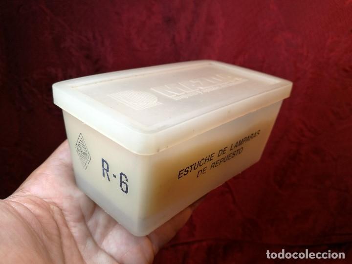 Coches y Motocicletas: RENAULT R-6 recambio caja bombillas y fusibles Mazda - Foto 3 - 144738764