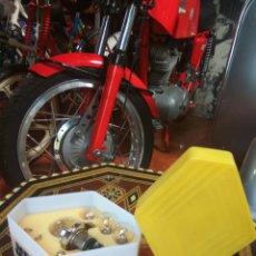Coches y Motocicletas: RENAULT CAJA LÁMPARAS COMPLETA,DE EPOCA. Lote 127570886