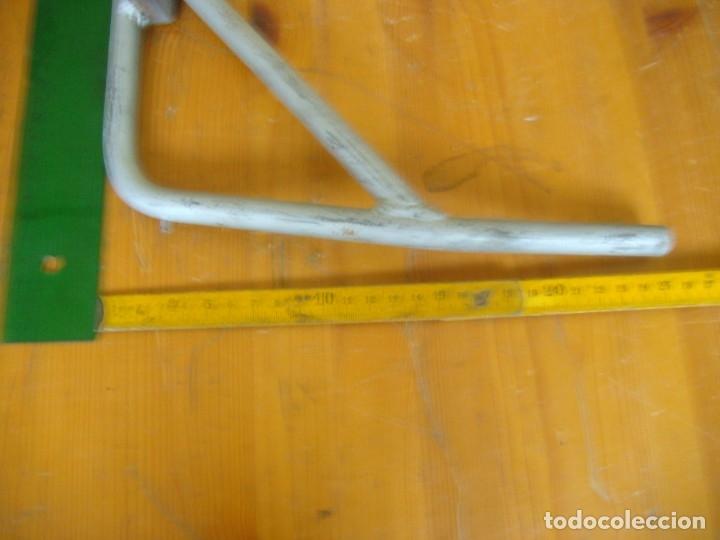 Coches y Motocicletas: CABALLETE VESPA PRIMEROS MODELOS - Foto 4 - 206865678