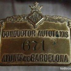 Carros e motociclos: TAXI PLACA DE ANTIGUA GORRA DE PLATO DE TAXISTA. Lote 131362814