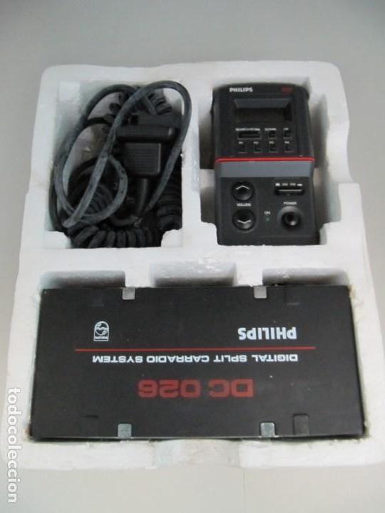 Coches y Motocicletas: PHILIPS DC026 - DIGITAL SPLIT CAR RADIO SYSTEM - AM-FM. Sin probar, muy buena apariencia - Foto 2 - 211898542