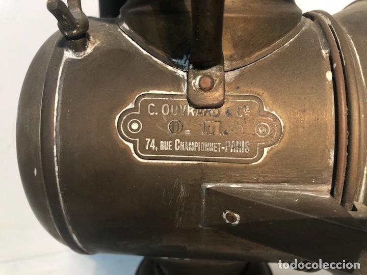 Coches y Motocicletas: LUZ O FARO DE COCHE O CALESA DE LATON ANTIGUO. FUNCIONA CON CARBURO. - Foto 5 - 134397238
