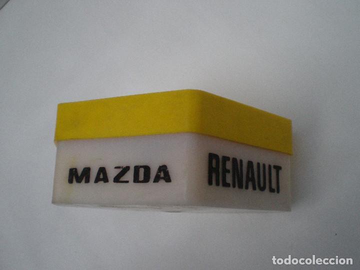 Coches y Motocicletas: RENAULT MAZDA ANTIGUA CAJA DE BOMBILLAS Y FUSIBLES // CONTIENE BOMBILLAS Y FUSIBLES - Foto 4 - 136062802