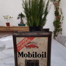 Coches y Motocicletas: LATA DE ACEITE MOBILOIL AÑOS 30. Lote 144111168