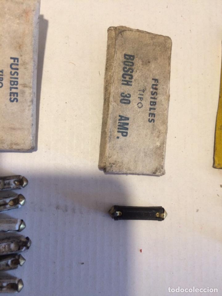 Coches y Motocicletas: Lote Fusibles antiguos coche BOSCH y tipo Bosch + bombillas - Foto 2 - 146750242