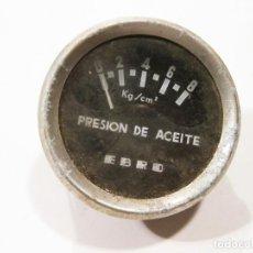 Automobili e Motociclette: MEDIDOR DE PRESIÓN DE ACEITE DE UN CAMIÓN EBRO. 1961. Lote 147610554
