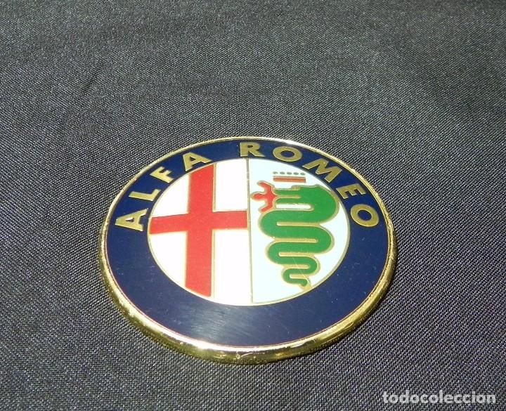 Coches y Motocicletas: Placa Logo ALFA ROMEO Chapa Emblema Original Milán - Foto 3 - 150506550