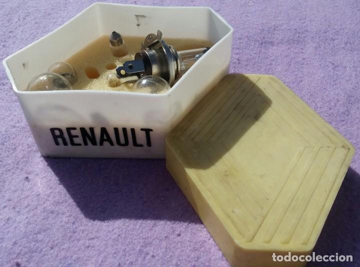 Coches y Motocicletas: Caja Recambio Bombillas de Coche Renault, Años '70 /// AUTOMÓVL / LÁMPARAS / FUSIBLES / REPUESTO - Foto 3 - 150744510