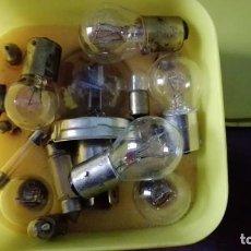 Coches y Motocicletas: CAJA REPUESTO BOMBILLAS AUTOMOVIL. Lote 151269874