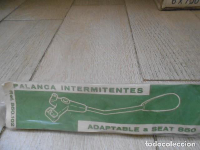 PALANACA INTERMITENTES , SEAT 850 , 850 COUPE , MONREVIL . (Coches y Motocicletas - Repuestos y Piezas (antiguos y clásicos))