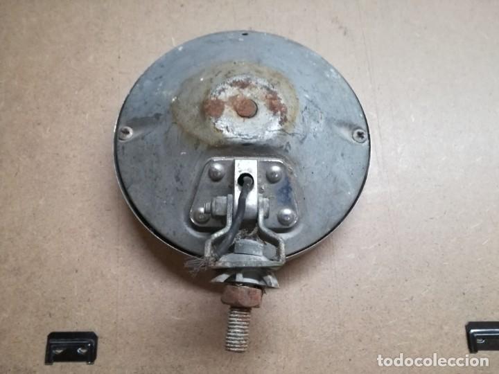 Coches y Motocicletas: ANTIGUO FOCO SUPLETORIO DE COCHE. LA MARCA KINBY 15 CMDIAMETRO - Foto 3 - 158264158