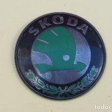 Coches y Motocicletas: LOGOTIPO DE COCHE SKODA.... Lote 159132626