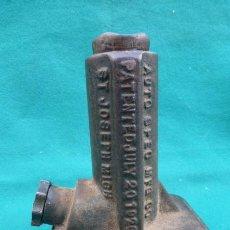 Coches y Motocicletas: DREDNAUT TWINLIFT, Nº32- AUTO SPEC MFG,CO 1926..GATO ELEVADOR AÑOS 20, DE COCHE CLASICO..JOYA... Lote 159137086
