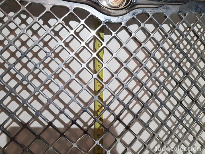 Coches y Motocicletas: ANTIGUA PARRILLA COCHE CRYSLER - Foto 7 - 160874790