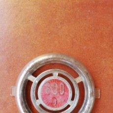Coches y Motocicletas: ESCUDO O EMBLEMA PARA SEAT 600 D. Lote 162039246