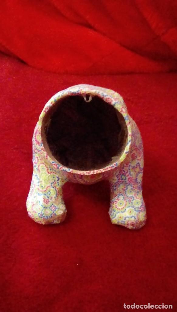 Coches y Motocicletas: Antiguo perro cabeza balancin hecho de carton piedra,forrado con papel de colores,para coche. - Foto 6 - 162040306