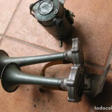 Coches y Motocicletas: ANTIGUA BOCINA DE AIRE CLAXON FIAMM MODELO PATENTADO ITALIA . Lote 164820314