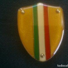 Coches y Motocicletas: ESCUDO METALICO ESMALTADO PARA COCHE MOTO ITALIA . Lote 169317128