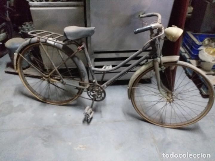 BICICLETA ANTIGUA (Coches y Motocicletas - Repuestos y Piezas (antiguos y clásicos))