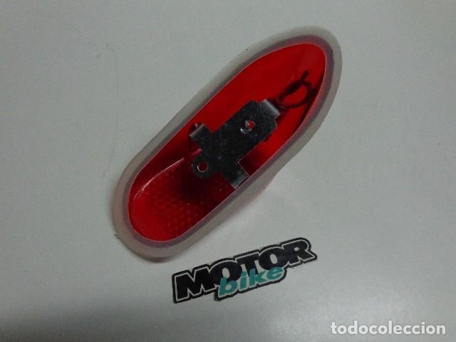 Coches y Motocicletas: Piloto trasero de mobylette - Foto 2 - 170224958