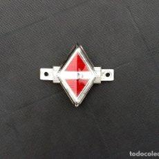 Coches y Motocicletas: EMBELLECEDOR-LOGO-INSIGNIA RNUR RENAULT 4CV 4/4. Lote 178359566