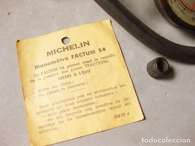 Coches y Motocicletas: MANÓMETRO MICHELIN FACTUM 54 COMO NUEVO EN SU CAJA - ORIGINAL DE ÉPOCA - Foto 7 - 183825528