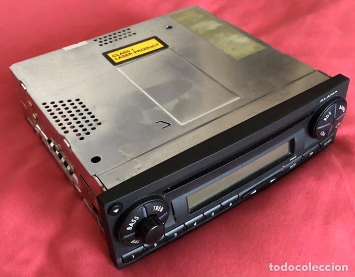 Coches y Motocicletas: Radio CD coche. Marca Alana. SEAT Ibiza. Funciona. - Foto 2 - 186306512