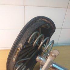 Coches y Motocicletas: SILLÍN DE MUELLES MOBYLETTE CON TIJA. Lote 191134478