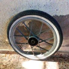 Coches y Motocicletas: RUEDA VESPINO. Lote 193870735