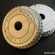 Coches y Motocicletas: PAREJA DE EMBELLECEDORES TAPACUBOS ORIGINALES. PARA ROLLS-ROYCE DE PRE-GUERRA.. Lote 199238426