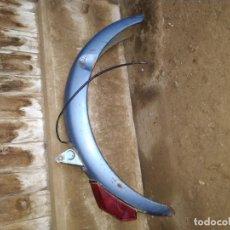 Coches y Motocicletas: GUARDABARROS VESPINO. Lote 200046357