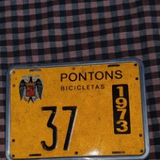 Coches y Motocicletas: PLACA DE CICLOMOTORES Y BICICLETAS DE LA POBLACIÓN DE PONTONS BARCELONA AÑO 1973.. Lote 243847005