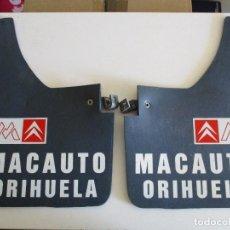 Coches y Motocicletas: JUEGO FALDILLA SALVABARROS COCHE CLASICO CITROEN CON PUBLICIDAD. Lote 205048292