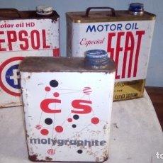 Coches y Motocicletas: 3 LATAS ANTIGUAS DE ACEITE CS MOLYGRAPHITE SEAT Y REPSOL ESCOMBRERAS. Lote 205120203
