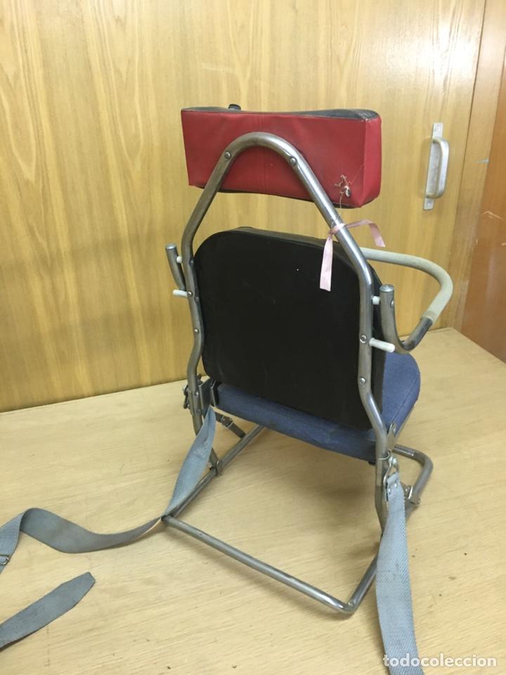 Coches y Motocicletas: Sillita silla bebes niños de coche clasico años 60/70 - Foto 6 - 207698780