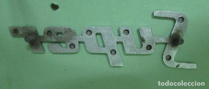 Coches y Motocicletas: Renault 4 antiguo anagrama -Super- metal cromado - Foto 2 - 213443882