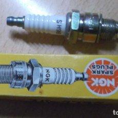 Coches y Motocicletas: BUJÍA NGK SPARK PLUG 4510 B6HS. Lote 216807012