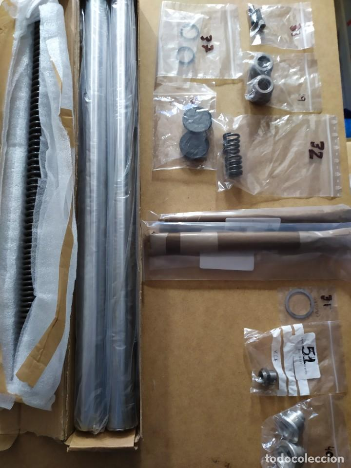 Coches y Motocicletas: Horquilla telescópica en piezas Triumph T140 - Foto 4 - 217929455