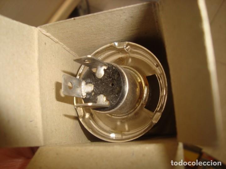 Coches y Motocicletas: lote de 15 bombillas lamparas haye para vehiculo , años 70 vintage - Foto 6 - 219969856