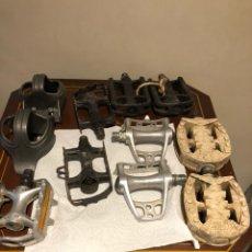 Coches y Motocicletas: LOTE DE PEDALES DE BICICLETA ANTIGUOS. Lote 232575545