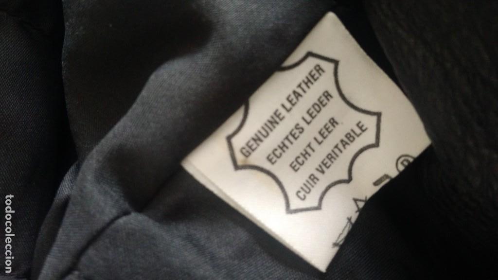 Coches y Motocicletas: Cazadora de cuero antigua tipo motorista chaqueta piel rockero - Foto 3 - 241668315