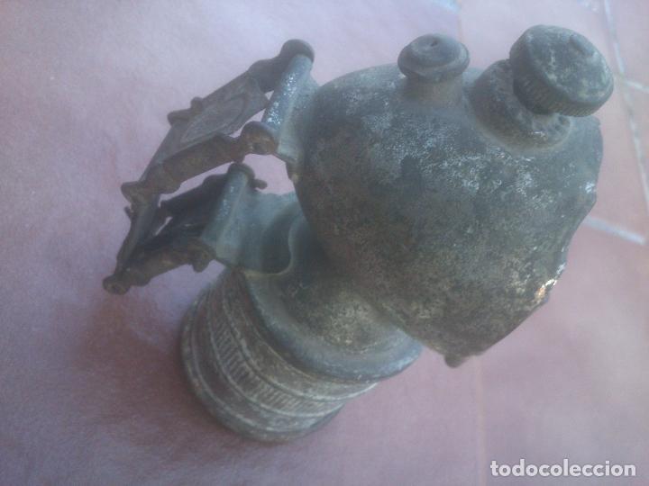 FARO DE CARBURO PARA BICI O MOTO. (Coches y Motocicletas - Repuestos y Piezas (antiguos y clásicos))