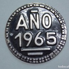 Carros e motociclos: PLACA - ARBITRIO DE RODAJE MUNICIPAL - AÑO 1965 ...L3402. Lote 244529215